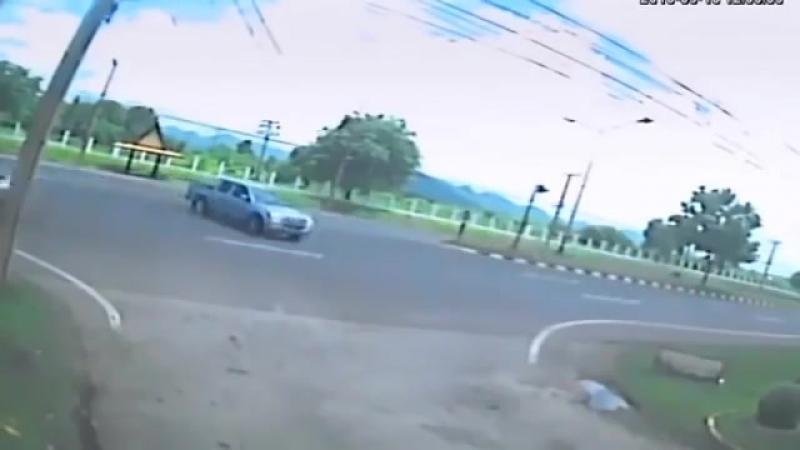 Видеокамера засняла душу покидающую тело женщины после ДТП