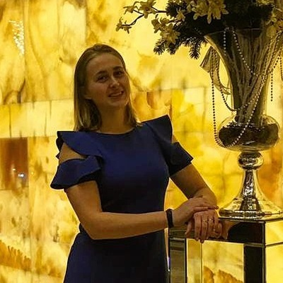 Лиза Басакова