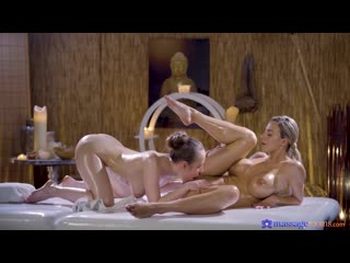 Lina Mercury and Nathaly Cherie [Oiled, Lesbian]