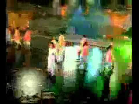Salman, Ash, Big B, Srk, Raveena Together Old Video ( Maa sabh Tere Lie )