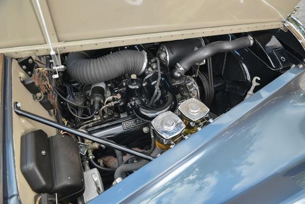Очень редкие:1960 Bentley S2 Continental Flying Spur Класс: luxury car Тип кузова: 4-door saloon Двигатель: V8 6.2 L КПП: АКПП-4 Привод: задний Компоновка: переднемоторная Тип топлива: бензин