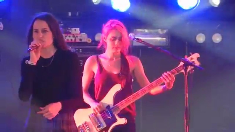 Warpaint Bees full length @ Coachella April 19, 2014