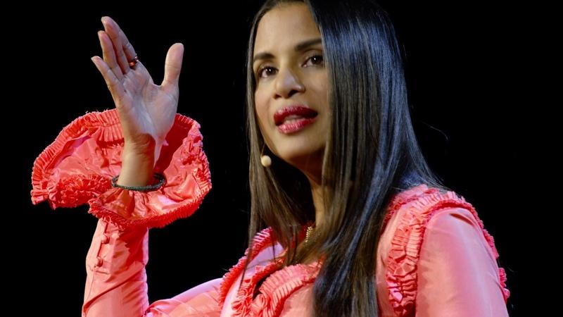 What does the Quran really say about a Muslim womans hijab | Samina Ali | TEDxUniversityofNevada