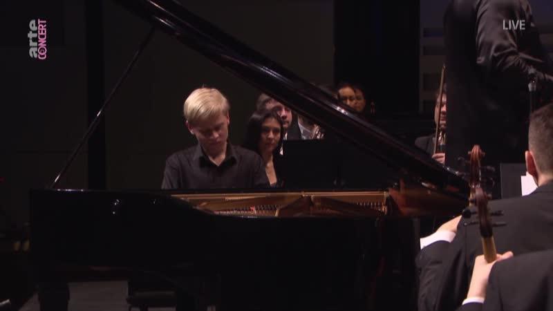 - E. Grieg. Piano concerto in A minor, Op.16.