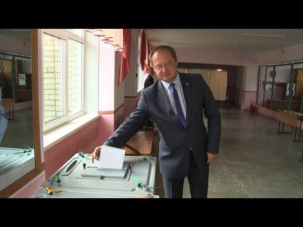 Глава Бийска и председатель Гордумы отдали свой голос на выборах 09 09 18г Бийское телевидение