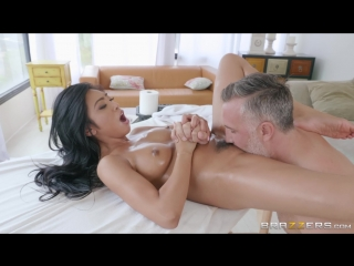 Brazzers.com] ember snow (the naughty nuru masseuse / 04.08.2018) [2018 г., asian,black hair,blowjob (pov),cheating,feet,masseus