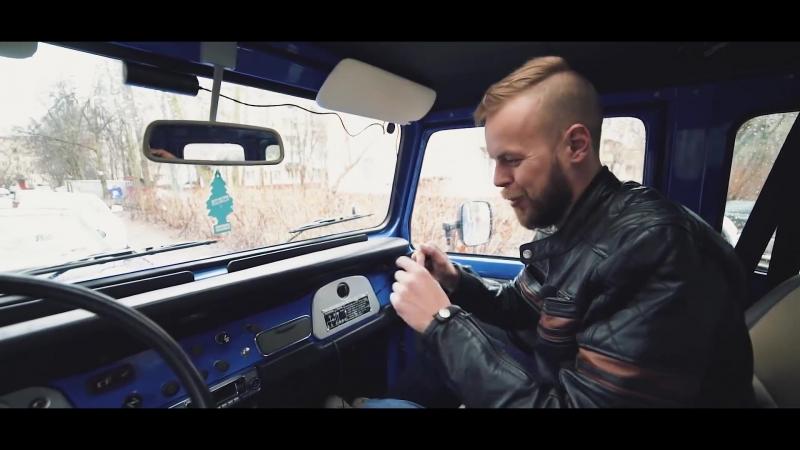 Видеорегистратор Prology iReg Black в автомобиле Land Cruiser FJ40 83 года