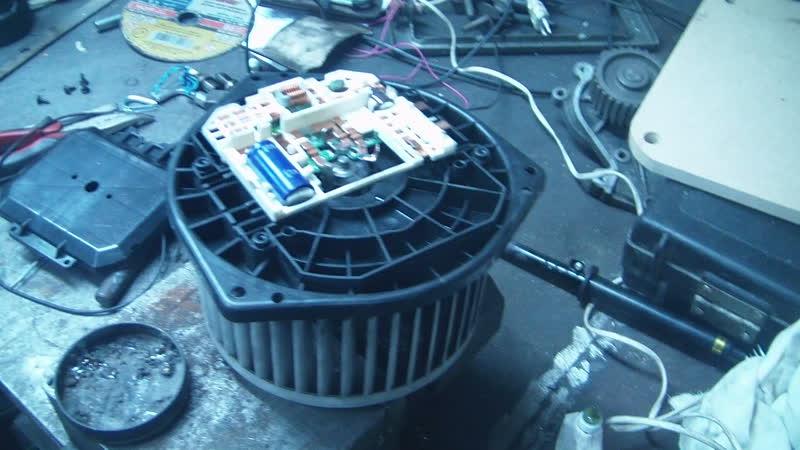 ИНФИНИТИ FX3 (Финик, Бегемотик) Ремонт вентилятора отопителя и пассажирского сиденья