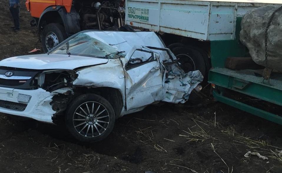 Водитель из Кардоникской погиб в жутком ДТП под Зеленчукской