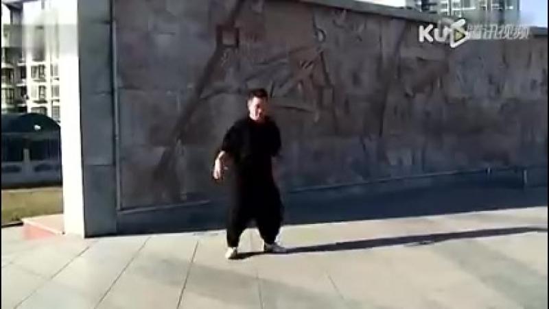 Национальный казахский танец