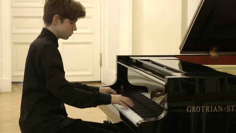 Мажара Евгений — Э. Григ «Соната» e-Moll, op.7
