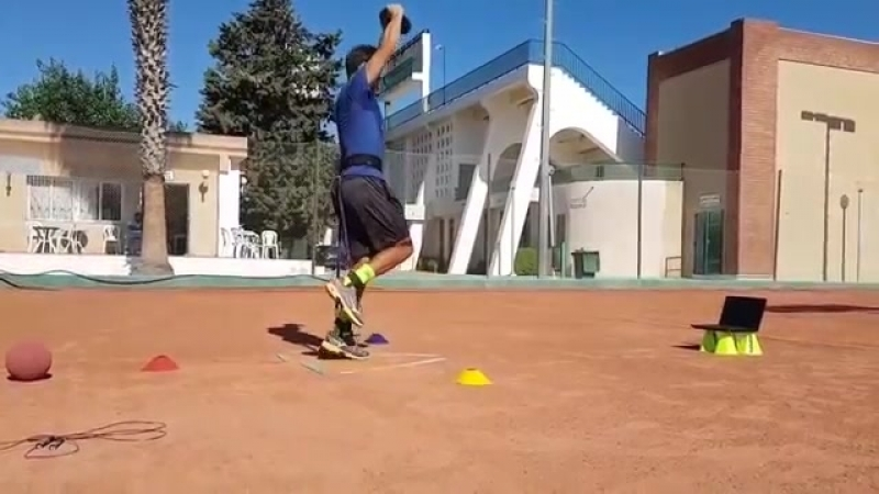 Тренировка Малека Жазири