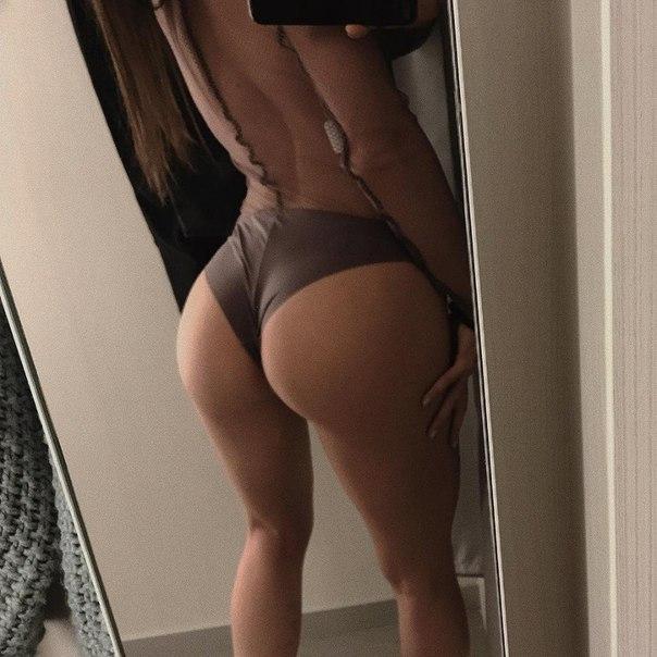 Mature anal gilf