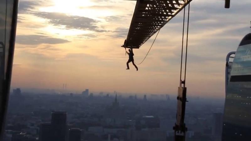 Человек-паук в Москва-Сити