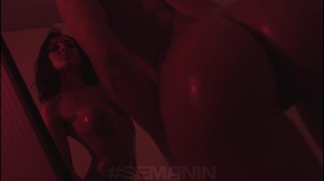 Roxy_model semanin