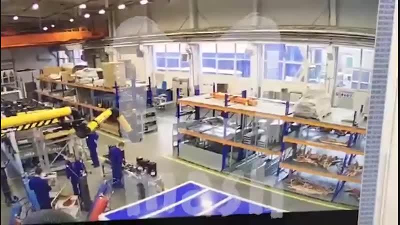 """Момент обрушения крыши на заводе """"Техногрупп"""" в Дзержинском"""
