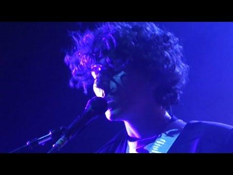M83 –Walkway Blues [feat. Jordan Lawlor]