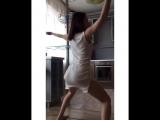 Сочная Попа Тверкаю в платье httpsvk.comwall-167846047_20