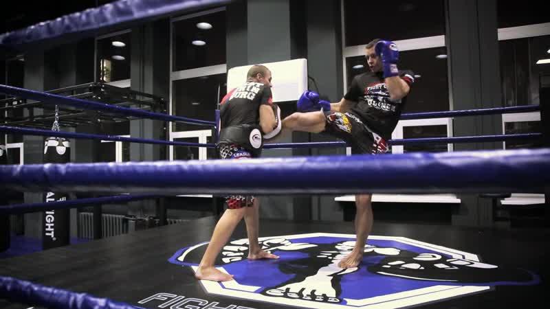 Александр Саночкин (FIGHT CLUB CLINCH) - тренер по тайскому боксу