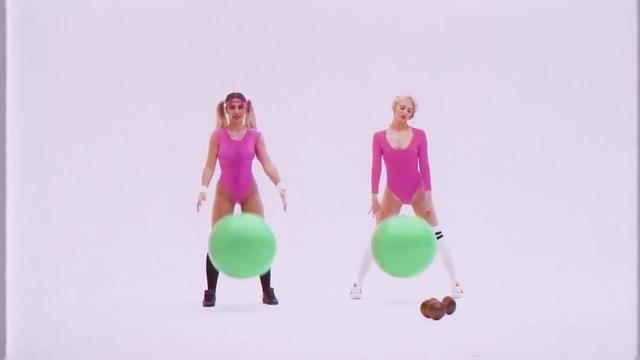 Girls and balls · coub, коуб