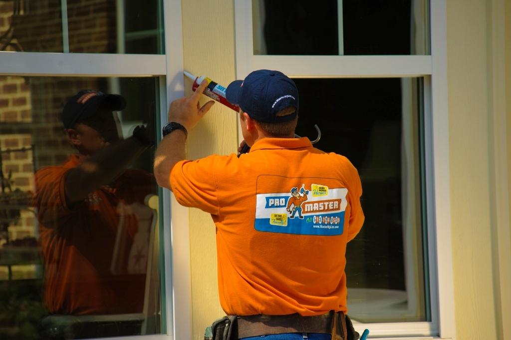 Вызов мастера если окно пропускает воду