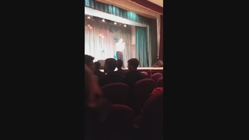 красиво поёт. ВСГУТУ