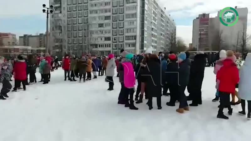 Появилось видео эвакуации Аничкова лицея в Петербурге