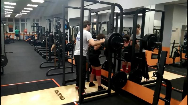 Сабина присед 160 кг по 2 раза!