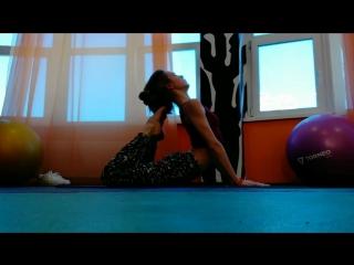 Alecia Fox stretching and feeling so good