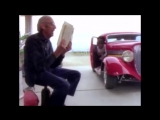 ZZ Top - Gimme All Your Lovin (OFFICIAL MUSIC VIDEO)