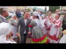 Одной рукой есть чак-чак, другой – крутиться в танце в Буинск приехал Сергей Безруков