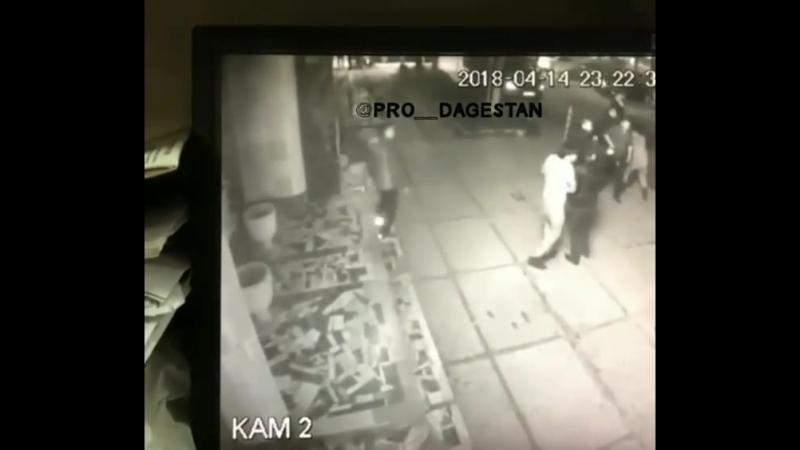 Момент Убийства в ресторане ВИКИНГ викинг убийство махачкала камера видеонаблюдение перестрелка