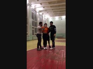 Акробатический элемент в чир-спорте
