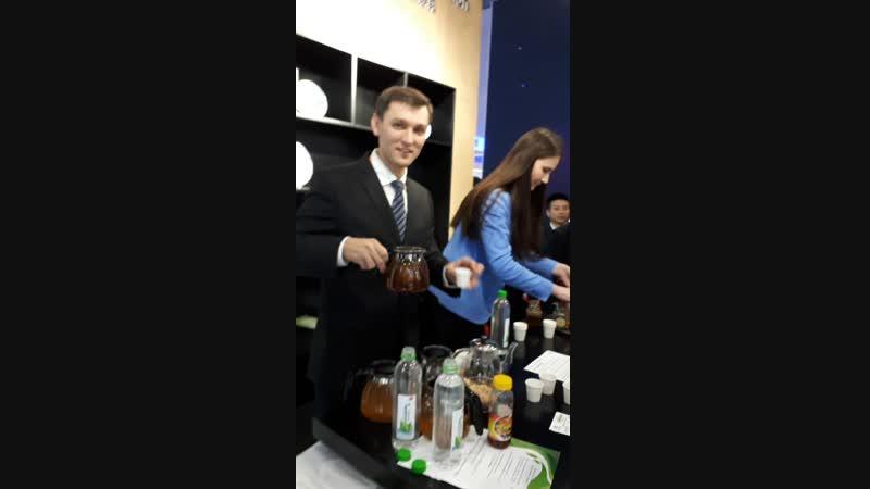 Дегустация иван-чая и другой продукции Байкальского знахаря на выставке в Шанхае