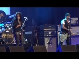 Hollywood Vampires - Heroes (David Bowie Cover) live performed by Johnny Depp, 1