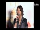 Томо пытается говорить по китайски Шанхай декабрь 2011 год