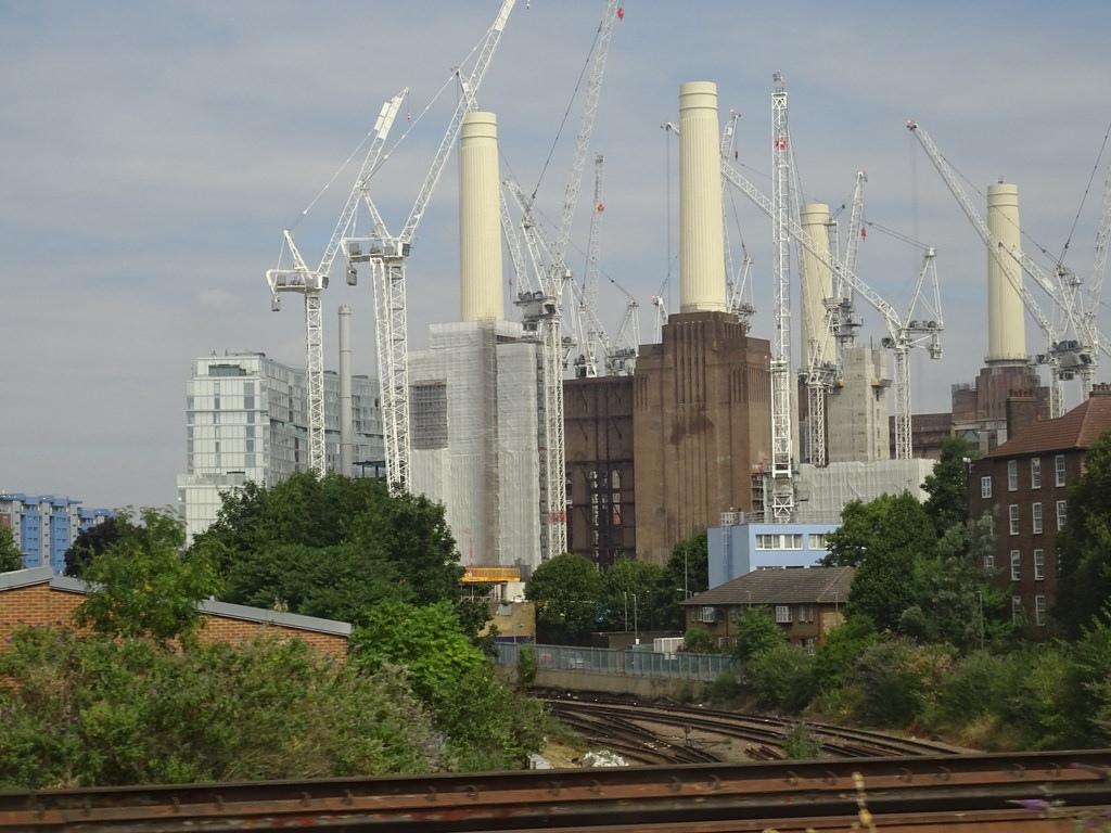 Реконструкция электростанции Battersea