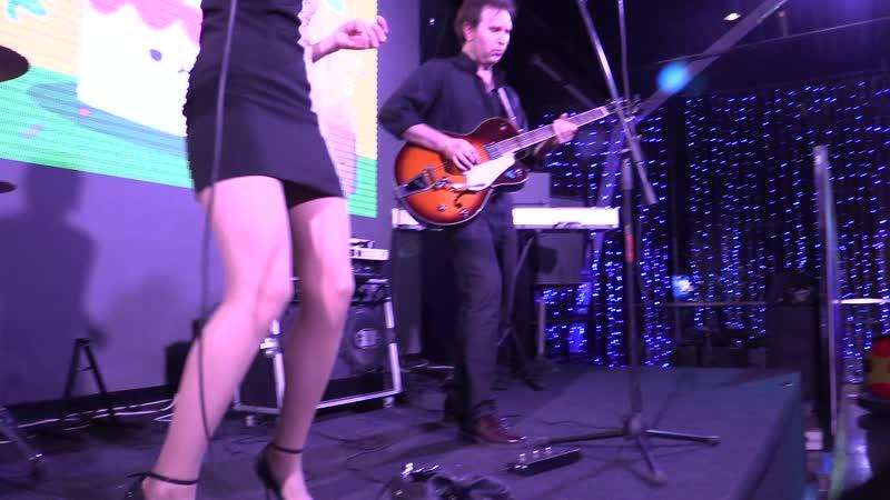 МАРТИ-ленинградский рок н ролл(live in galaxy park)