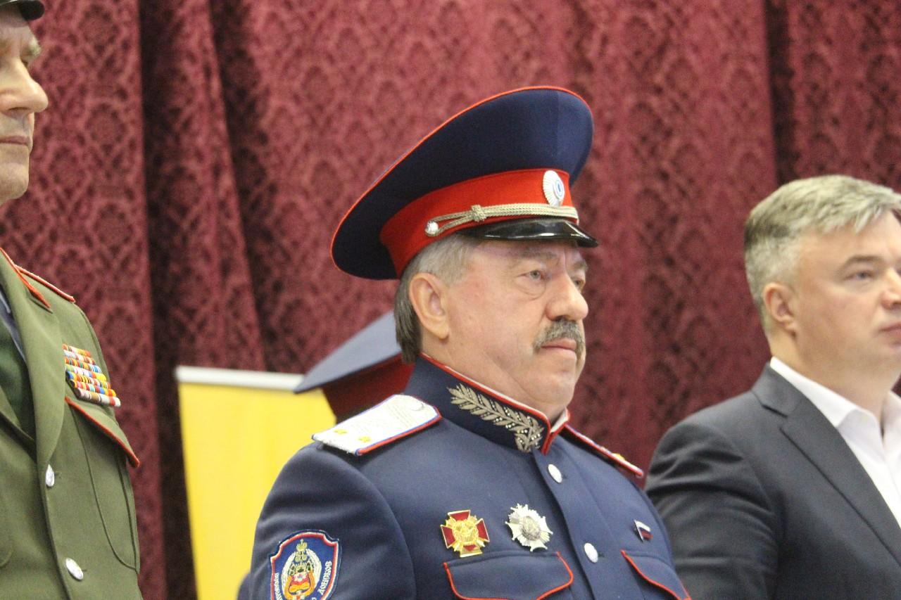 Депутат Госдумы Водолацкий призвал казаков ЛНР сплотиться вокруг главы Республики