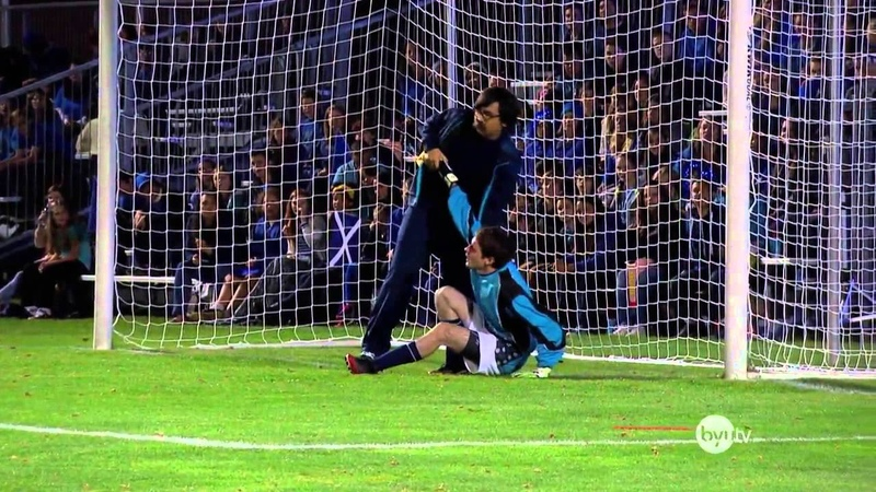 Greatest Shootout Ever This Goalkeeper Blocks 5 Penalties With His Face