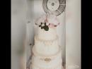 Свадебный тортик 20кг🍰🎂🌺🌹🌼Необыкновенной красоты пионы из вафельной бумаги ручной работы от @ollebake 😘Нижний ярус Ванильный би