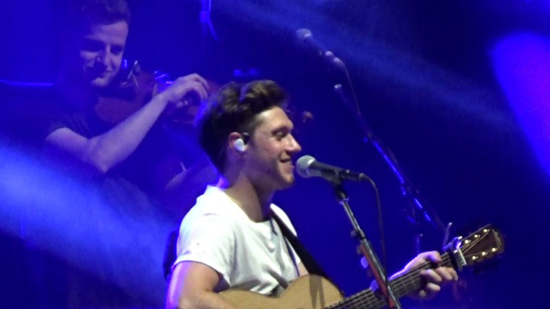 SINCE WERE ALONE - Niall Horan live in Paris - 18042018