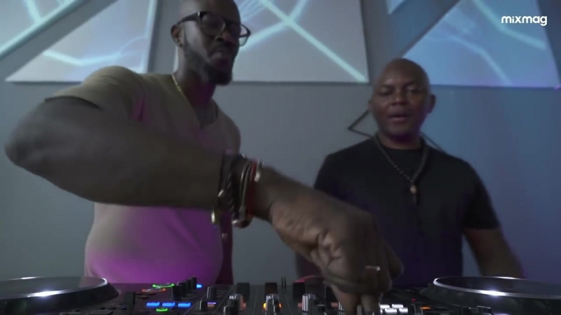 BLACK COFFEE THEMBA IN THE LAB NYC (DJ SET)