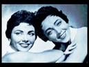 Yiddish Song - A Vaibele A Tsnie - The Bagelman Sisters