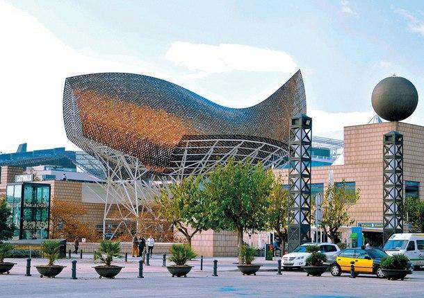 Здания, за проект которых их авторы получили Притцкеровскую премию