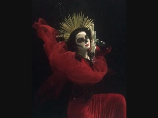Under water photo shoot - The day of the dead