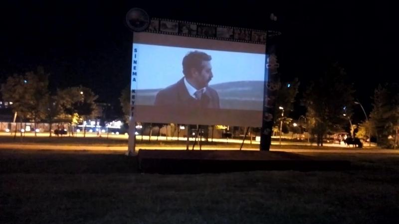Mimaroba Atatürk parkında sinema keyfi