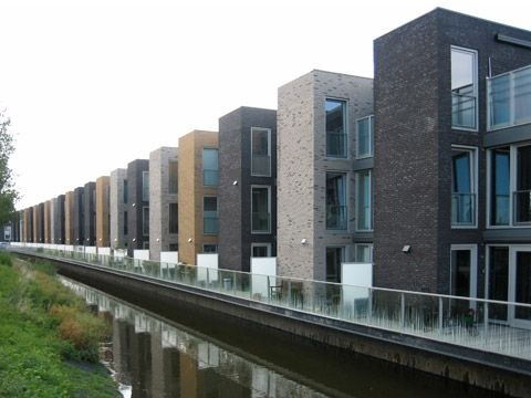 Блокированные дома в Румберге (Blocked Houses in Roomburg) в Голландии