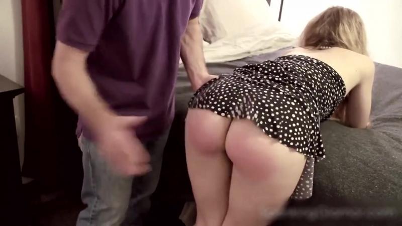 Надавал по сочным румяным булочкам своей подружке [ домашнее любительсоке не порно