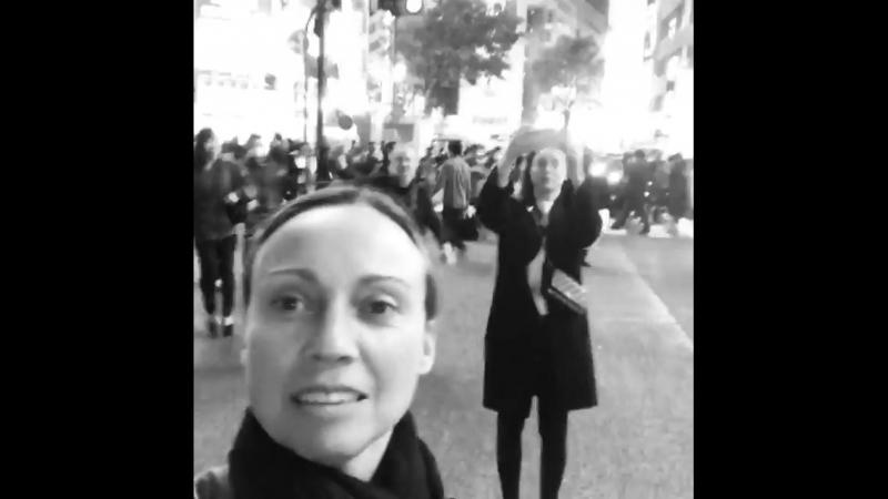 Видео из инстаграма Жасмин Форбс-Ватсон